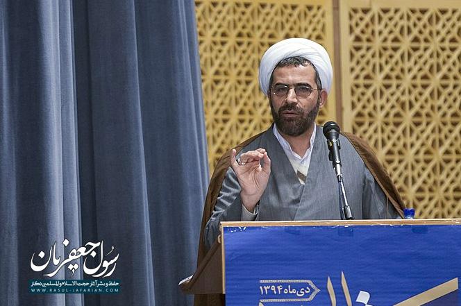 اندیشه دیروز پاسخگوی ایران فردا نیست (مصاحبه با روزنامه اعتماد)